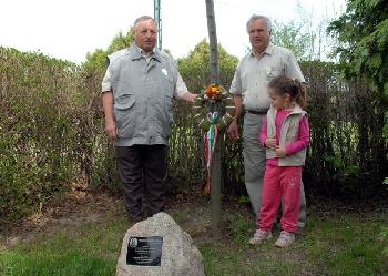 Tisztelgés a Széchenyi-emlékfánál
