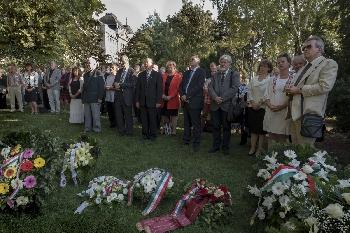 Koszorúzás a Széchenyi Téren 2018. szeptember 21-én