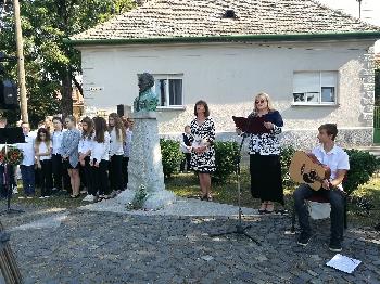 Ünnepség a Széchenyi szobornál Budakeszin 2018. szeptember 21-én