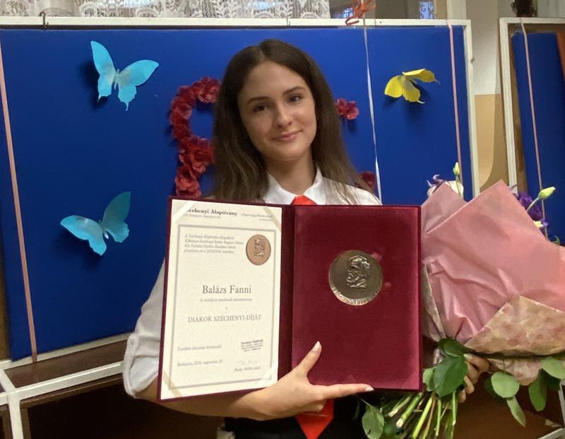 Kőbányán Balázs Fanni nyerte el a Diákok Széchenyi-díját